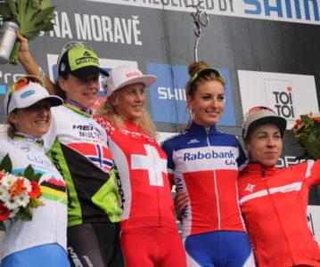 1ère manche de la coupe du Monde VTT et 1er podium pour Pauline…