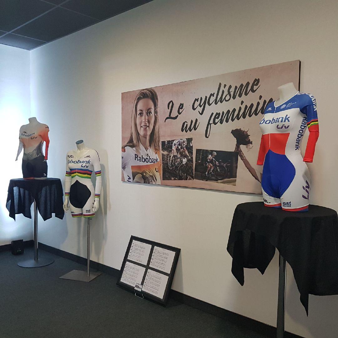 Pauline présente au musée éphémère du cyclisme de l'Orange Velodrome ! Merci Pierre-Maurice…